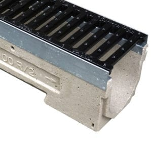 ULMA U100K with Galvanized Steel Edge and Slotted Ductile Iron Grate